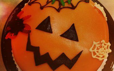 Hurjat Halloween leivonnaiset meiltä!!